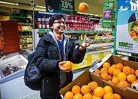 Nå er det full appelsinkrig - og Rema setter ned prisen på kiwi