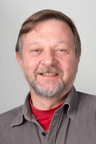 <p>Richard Skretteberg er på jobb i Elfenbenskysten for Flyktninghjelpen</p>