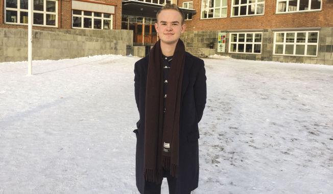 <p>STØTTER FORSLAGET: Kristoffer Hansen, leder i Elevorganisasjonen.<br/></p>