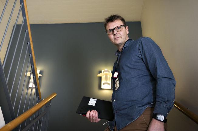 <p>ENORM SAK: Politioverbetjent Fredrik Skoglunn ved Kripos' seksjon for seksuallovbrudd har bistått kanadisk politi i etterforskningen.</p>