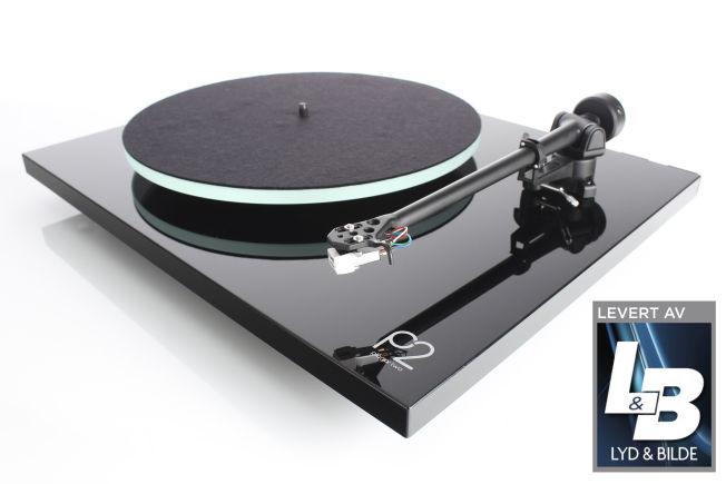 VELLYD: Med Rega Planar 2 får du en vellydende vinylspiller med flott byggekvalitet, til en fornuftig pris.