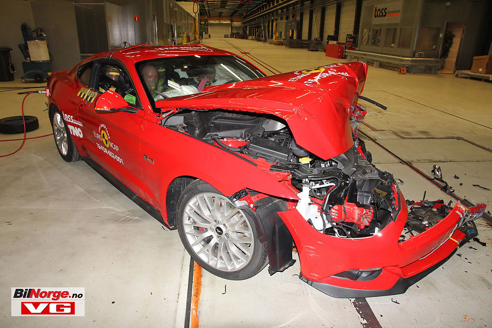 <p>STJERNESMELL: Ford Mustang oppnådde bare 2 av 5 mulige stjerner i EuroNCAPs kollisjonstest. I USA fikk den maksimal score.</p>