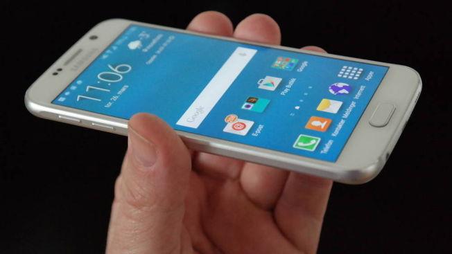 Samsung beskrev prosessen bak Galaxy S6 som en fullstendig omstart. Det bar telefonen også preg av. Igjen var formkurven kraftig stigende.