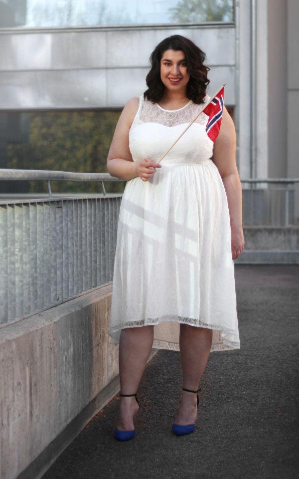Fire fine plus size kjoler til 17. mai MinMote.no Norges