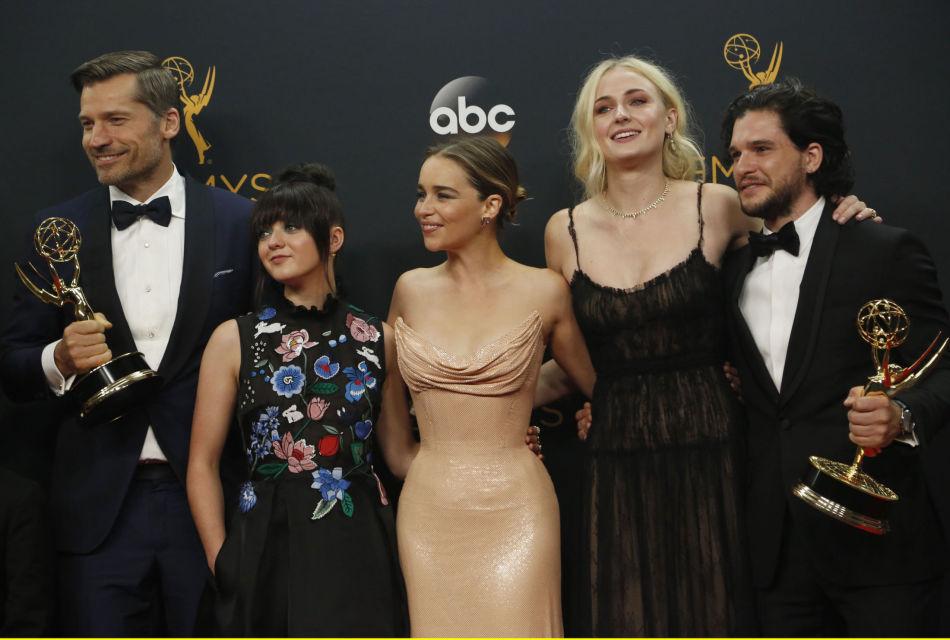 dee58931 Se «Game of Thrones»-skuespillerne i ukjent stil - MinMote.no ...