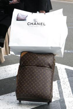 80083a75 HUSK TOLL: Det er lett å glemme at du må fortolle luksusvarer du har kjøpt