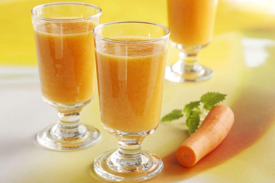 Smoothie-med-mango-og-gulrot-FG-04945_1024