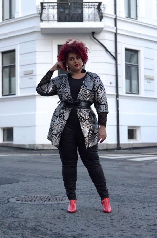 14ce50f2 KLEDD FOR FEST: Slik har moteblogger Gisella Francisca valgt å style  kimonoen med et belte