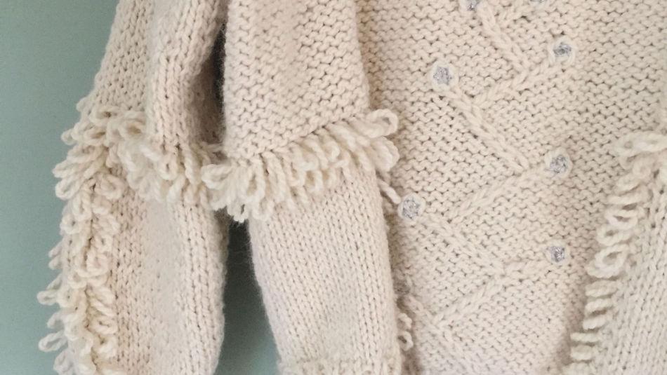 4b576c70 DETALJER: Med morsomme detaljer får genseren et unikt utseende. Foto: Mari  Stølan.