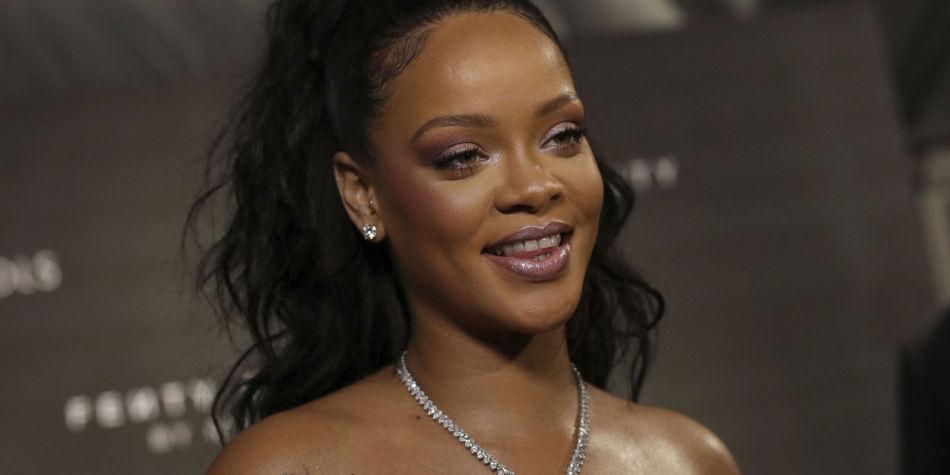 262ed229d Rihanna hyller mangfold med ny undertøyskolleksjon - MinMote.no ...