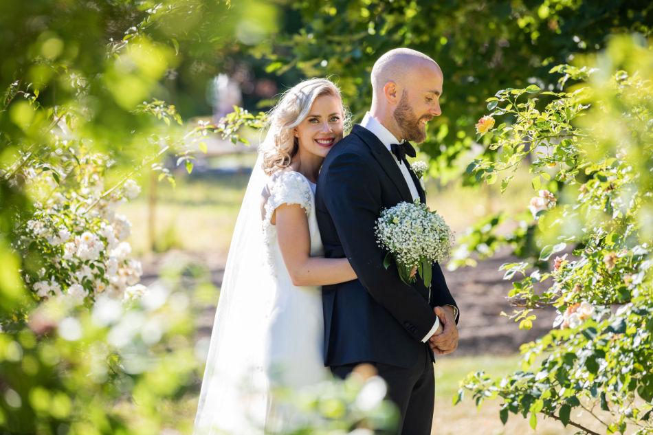 54c5dfbd NYGIFT: Marit Stolepstad og Henrik Berg-Jensen giftet seg i Vestfold i juni.