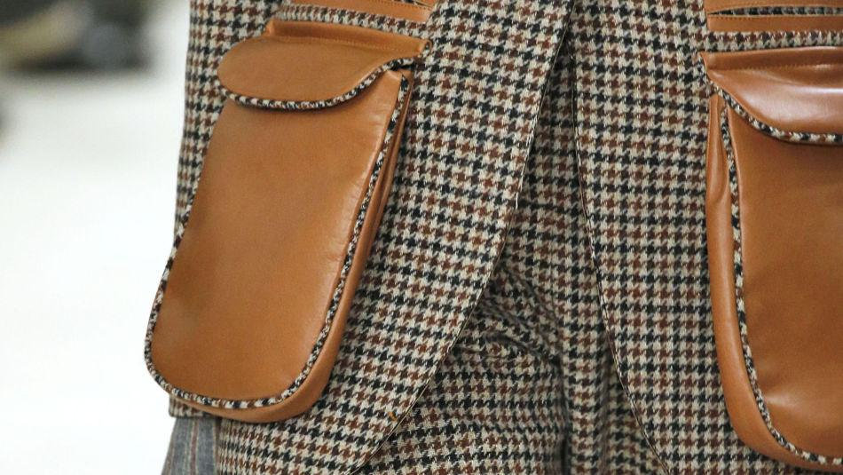 31c07519 TREND: Ruter, skinn og mønster er noen av sesongens største trender. Foto: