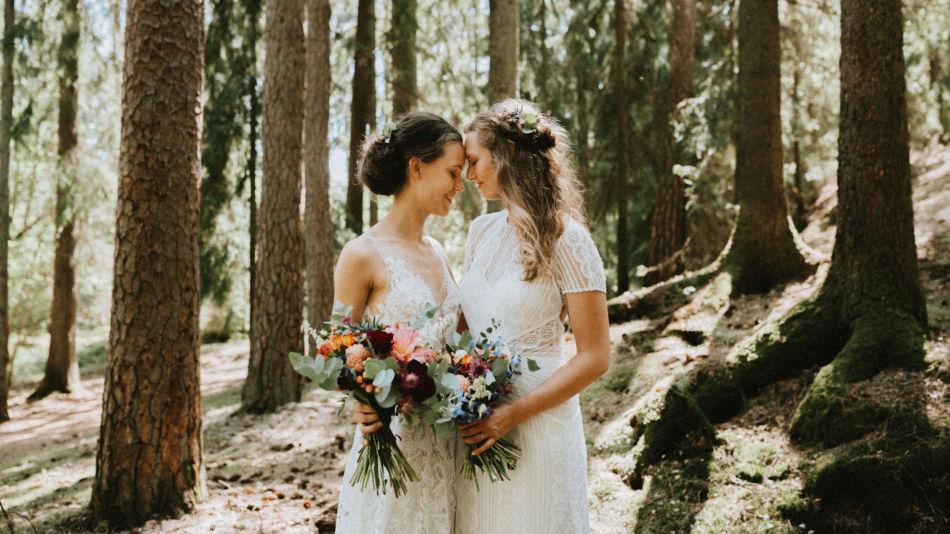 0985cbac Se Thea og Emilys romantiske bryllup - MinMote.no - Norges største ...
