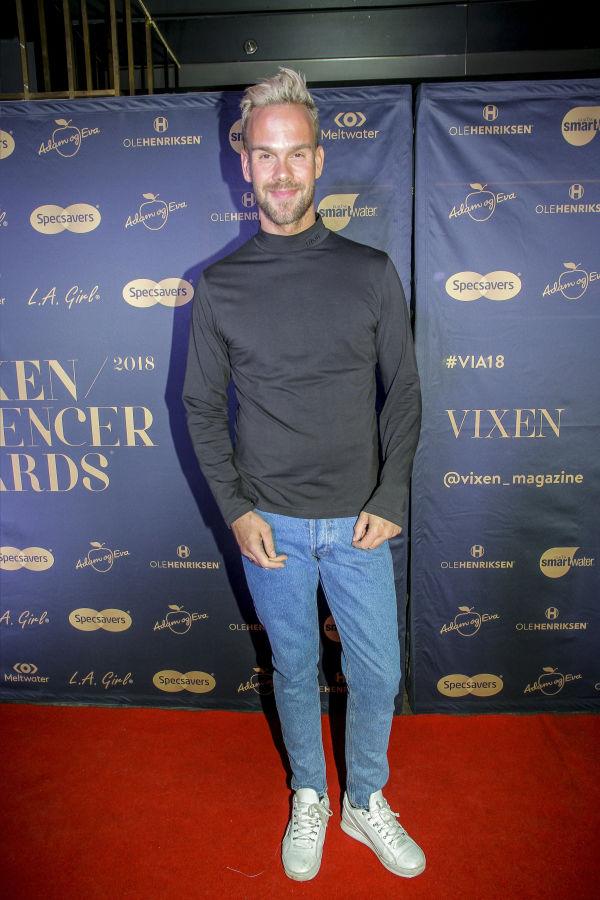 f4df26d7c3a2 AVSLAPPET  VGTV-profil Morten Hegseth hadde på seg genser fra Nieu og bukse  fra