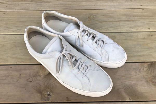 311ec95d SNART FERDIG: Skoen til venstre er vasket, og fremstår allerede langt  renere enn den